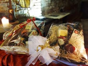 Cesti di Natale con prodotti tipici
