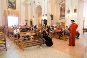 Chiaretti in chiesa Mondaino